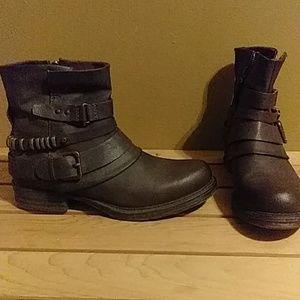 Brown women's Docker boots
